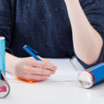 Ako začať písať seminárku? Týchto 5 vecí vás zaručene nakopne